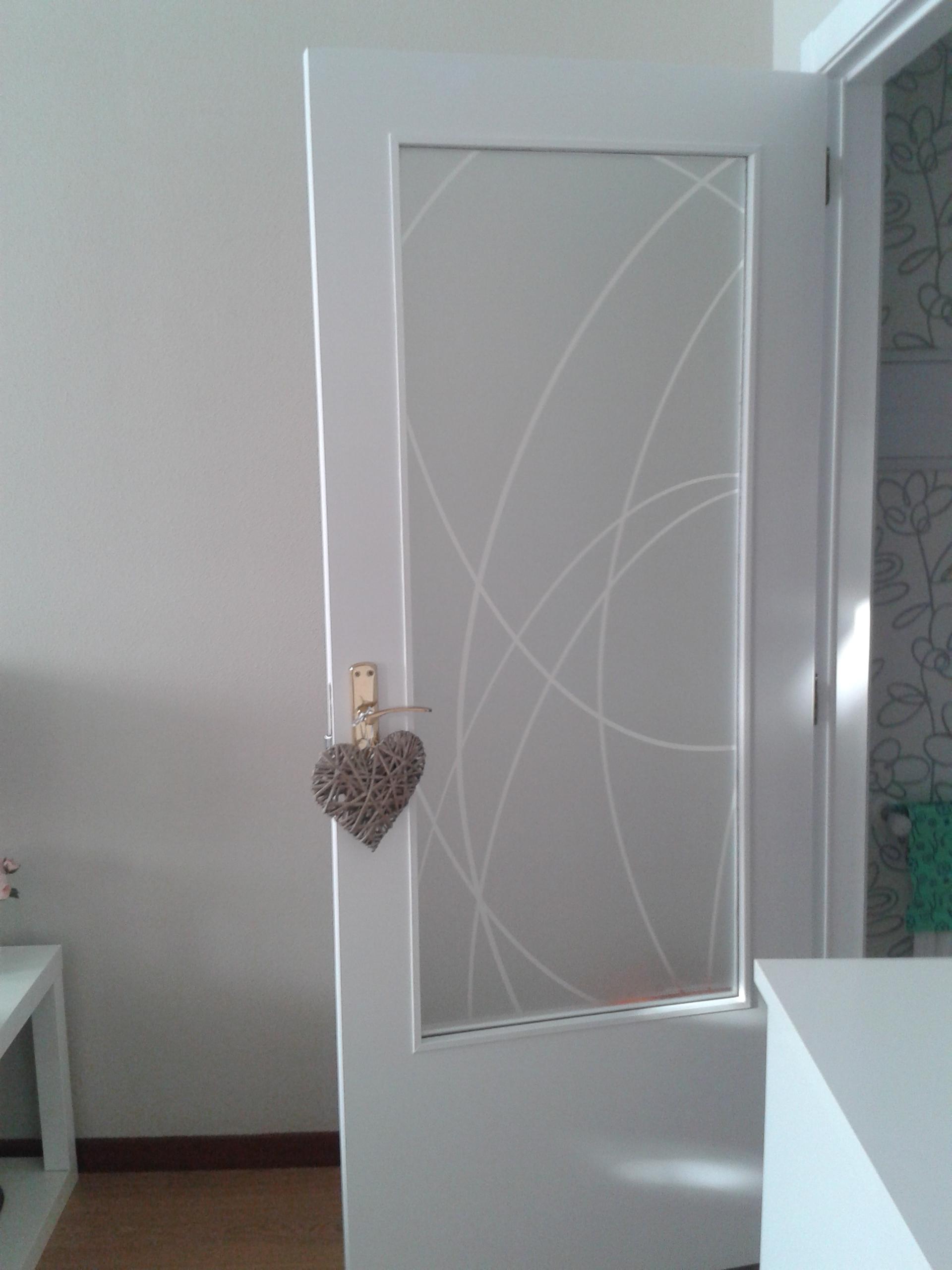 A por lo imposible lacado de puertas cap tulo 2 el - Cristal puerta salon ...